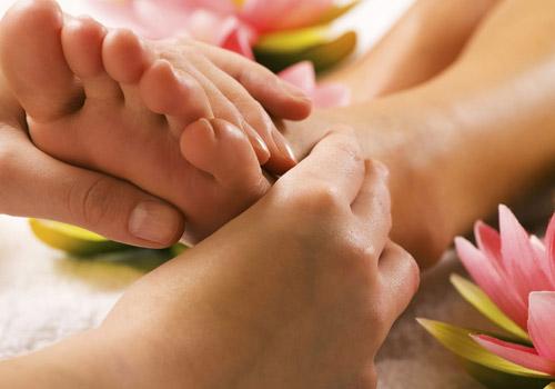 Ayaqlarınız yorulursa… Rahat yerimək üçün nə etməli?